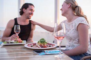 Eten en gezelligheid Strandpaviljoen de Uitkijk